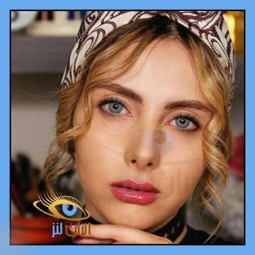 تصویر رنگ لنز لنا بلو روی چشم مدل