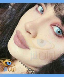 رنگ لنز آکوا بلو در چشم مدل