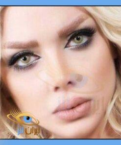 رنگ لنز سبز عسلی شامپاینی روی چشم مدل