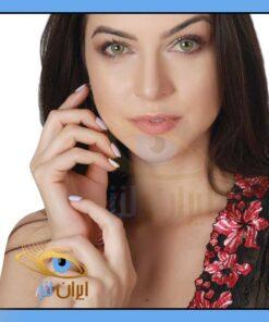 لنز چشم رنگی سالانه بدون دور سبز عسلی برند هیپنوس