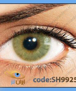 لنز چشم رنگی زیبایی بدون نمره بدون دور خاکی با ته رنگ سبز روشن سالانه مل هیدروکور برند سولوتیکا