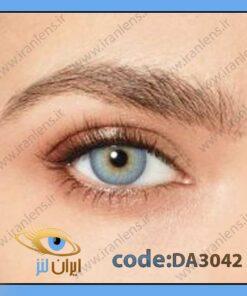 لنز چشم رنگی زیبایی ظوسی آبی آسمانی وسط عسلی دوردار فصلی ایرسیستیبل بلو برند دسیو
