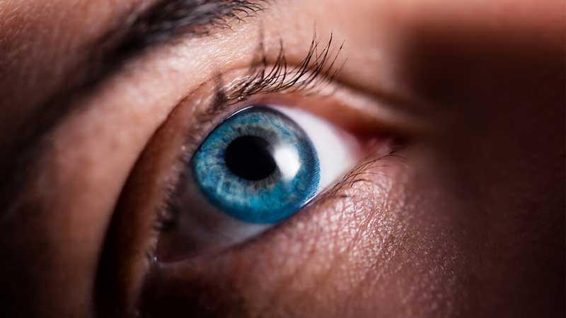 لنز چشم رنگی آبی اقیانوسی