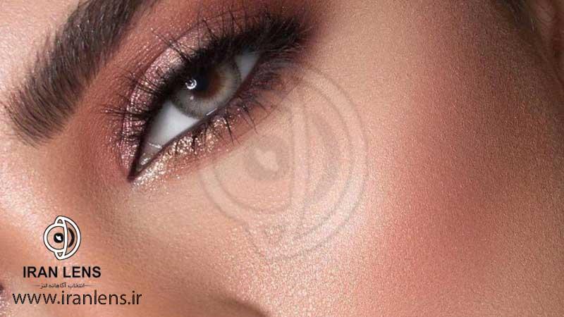 لنز طبیعی با مرکزیت عسلی