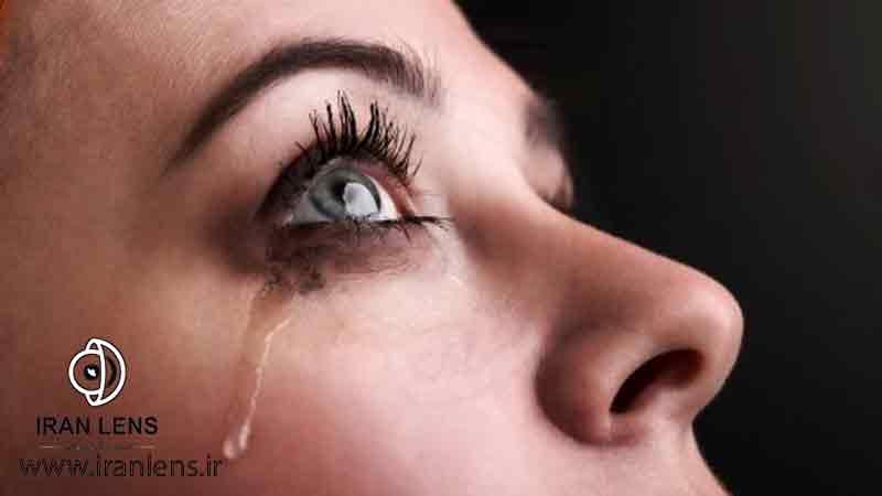 خطرات لنز چشمی برای دختران