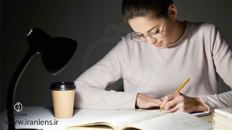 نور مناسب برای مطالعه